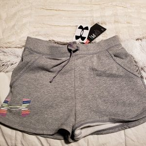 Girls large Under Armour shorts with tag 10/12